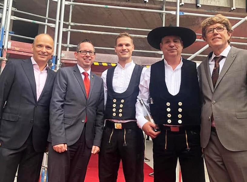 BRAIN BOX BERLIN feiert Richtfest für Bürocampus in Adlershof