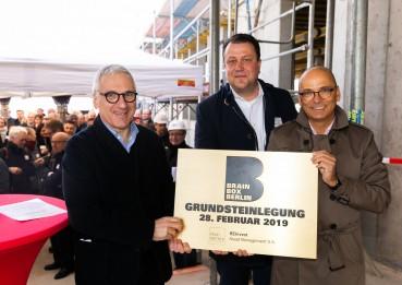 Grundsteinlegung für BRAIN BOX BERLIN - Neuer Bürocampus in Adlershof erreicht mit Hochbauphase weiteren Meilenstein
