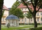 LHQ-Pavillion-und-Hof.jpg